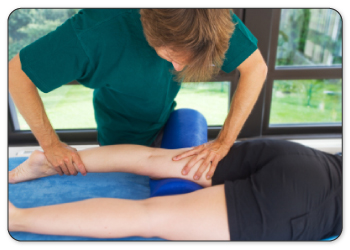 Physical therapists will warm up your meniscus by performing deep tissue massage.